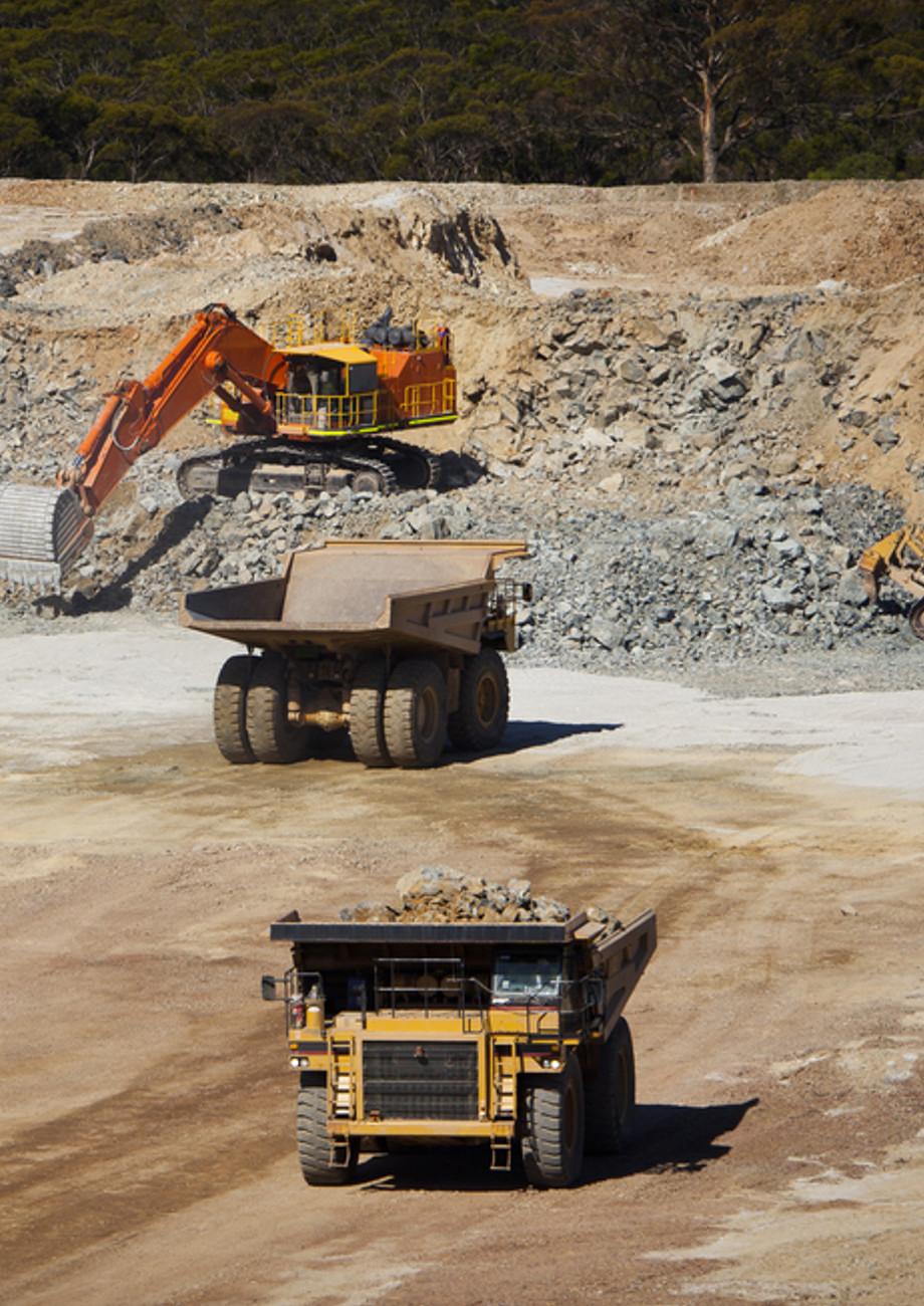 Mines & Carrières